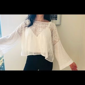 Free People boho embroidered top with free tote